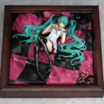 Figura Hatsune Miku World is Mine Brown Tienda Figuras Anime Chile Santiago