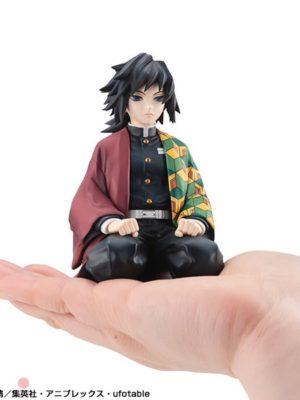 Figura G.E.M. Demon Slayer Kimetsu no Yaiba Palm Size Giyu Tienda Figuras Anime Chile Santiago